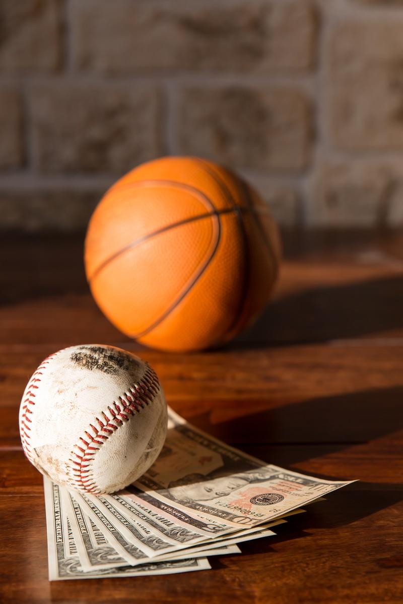 ボールとお金